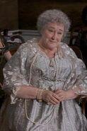 Mrs-Jennings-sense-and-sensibility-14290906-266-400