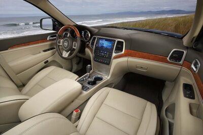 2011-Jeep-Grand-Cherokee-2small.jpg
