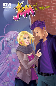 Jem and The Holograms, Issue 10 - 01