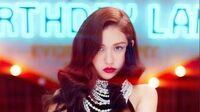 SOMI (전소미) - 'BIRTHDAY' M V