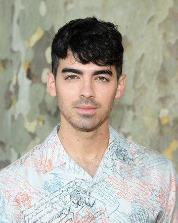 Joe Jonas-0.jpg