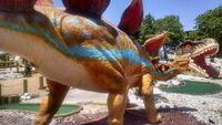Dino golf stegosaurus