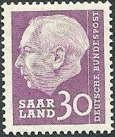 Saar 1957 President Theodor Heuss l.jpg