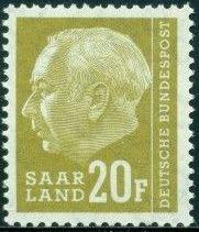 Saar 1957 President Theodor Heuss (with F) i.jpg