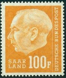 Saar 1957 President Theodor Heuss (with F) r.jpg