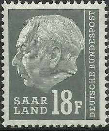 Saar 1957 President Theodor Heuss (with F) h.jpg