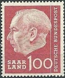 Saar 1957 President Theodor Heuss s.jpg