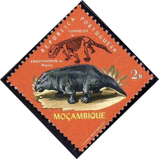 Mozambique 1971 Fossils and Minerals from Mozambique e.jpg