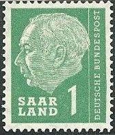 Saar 1957 President Theodor Heuss a.jpg