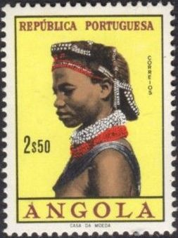 Angola 1961 Native Women from Angola h.jpg