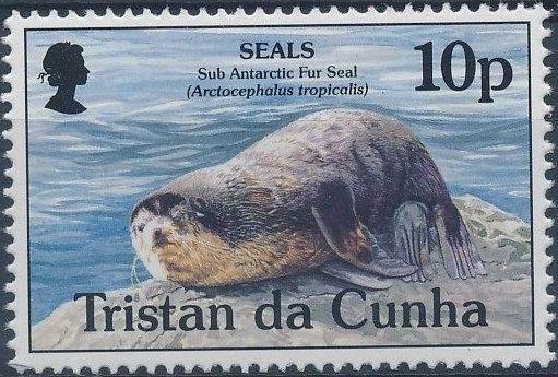 Tristan da Cunha 1995 Seals a.jpg