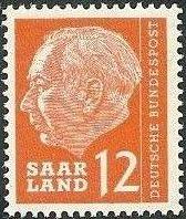 Saar 1957 President Theodor Heuss h.jpg