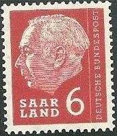 Saar 1957 President Theodor Heuss f.jpg