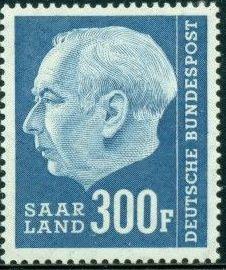 Saar 1957 President Theodor Heuss (with F) t.jpg