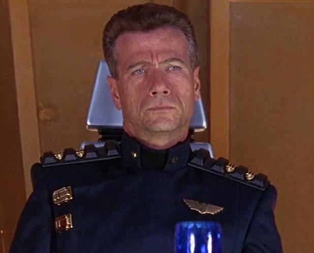 Judge Griffin (Jürgen Prochnow)