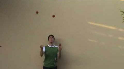 Juggling_tutorial_5_ball_martin