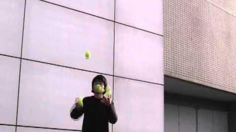 4ball_juggling