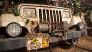Original-jurassic-park-jeep-front