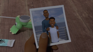 The photo of Darius and his father in season 3