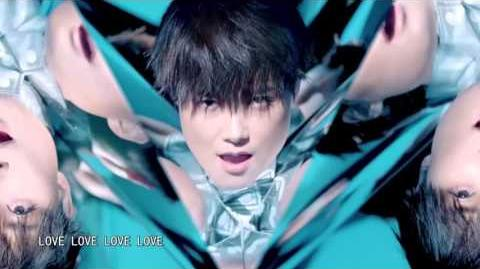 LiYuChun李宇春(Chris Lee):【Official MV】爱有引力Real Love