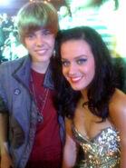 Justin Bieber meets Katy Perry at VMA's 2009