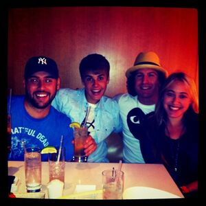 Justin Bieber eating sushi August 2011.jpg