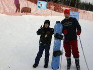 Justin Bieber snowboarding