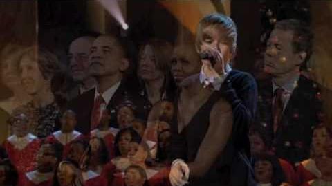 "Justin Bieber singing for President Obama ""Someday at Christmas"" (FULL)"