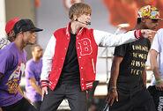 VMA 2010 U Smile
