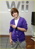 Justin Bieber Nintendo World Store 2009