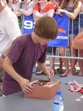 Justin Bieber signing at 93Q concert