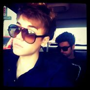 Justin Bieber and Ryan Good in a car 2011