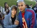 Danny Fernandes and Justin Bieber 2009