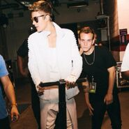 Justin Bieber and Ryan Butler backstage Believe Tour