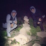 Justin Bieber and his dad hiking