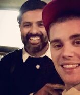 Justin Bieber taking a selfie with Wali Razaqi