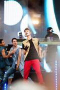 Justin at MTV World Stage Live