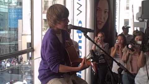 Justin at Nintendo World Store NYC 9.1
