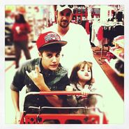 Family shopping with Jazzy and Jeremy