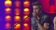 JUSTIN BIEBER - As Long As You Love Me LIVE AND INTIMATE