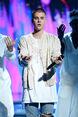 BBMA's 2016 Bieber dancing