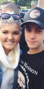 Justin Bieber with a fan in Sydney 2015