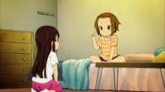 Ritsu teaches Mio