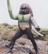 Stronger-vi-kikkaijinarmadillon