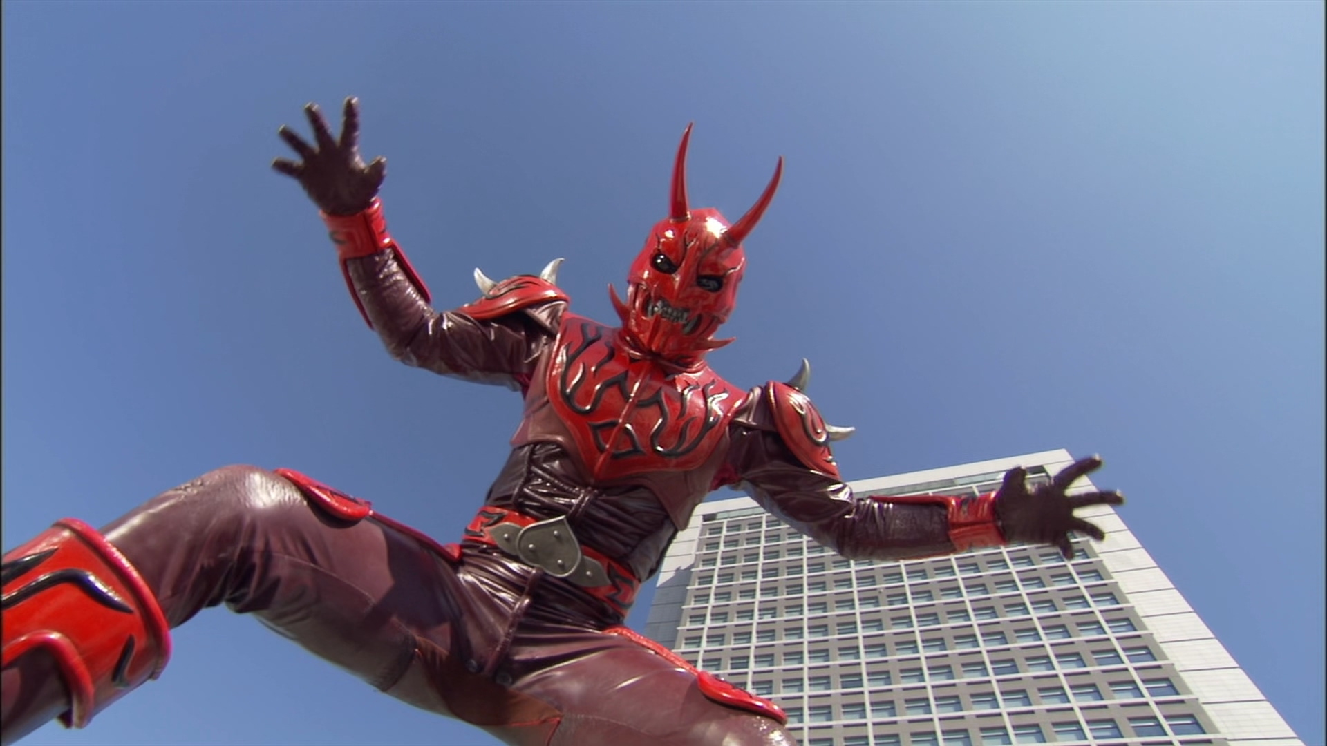 Here Comes Super Momotaros!