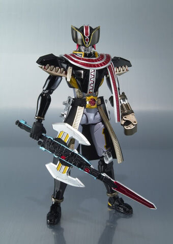 "SH Figuarts Shinkocchou Seihou Masked Rider Kiva ""Kiva Form"" W Bonus Base"