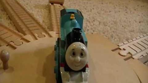 Old Style Battery-Powered Thomas Review ThomasWoodenRailway Discussion 44