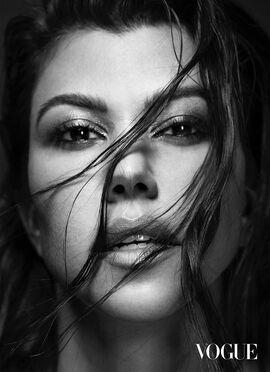 Kourtney-Kardashian-Vogue-Mexico-Cover-Photoshoot08.jpg