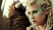 Ke$ha-Warrior-01