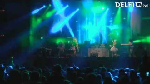 Kerli - Walking on Air (Armin Van Buuren Club Mix) (Live at Monster Music Festival 2013)